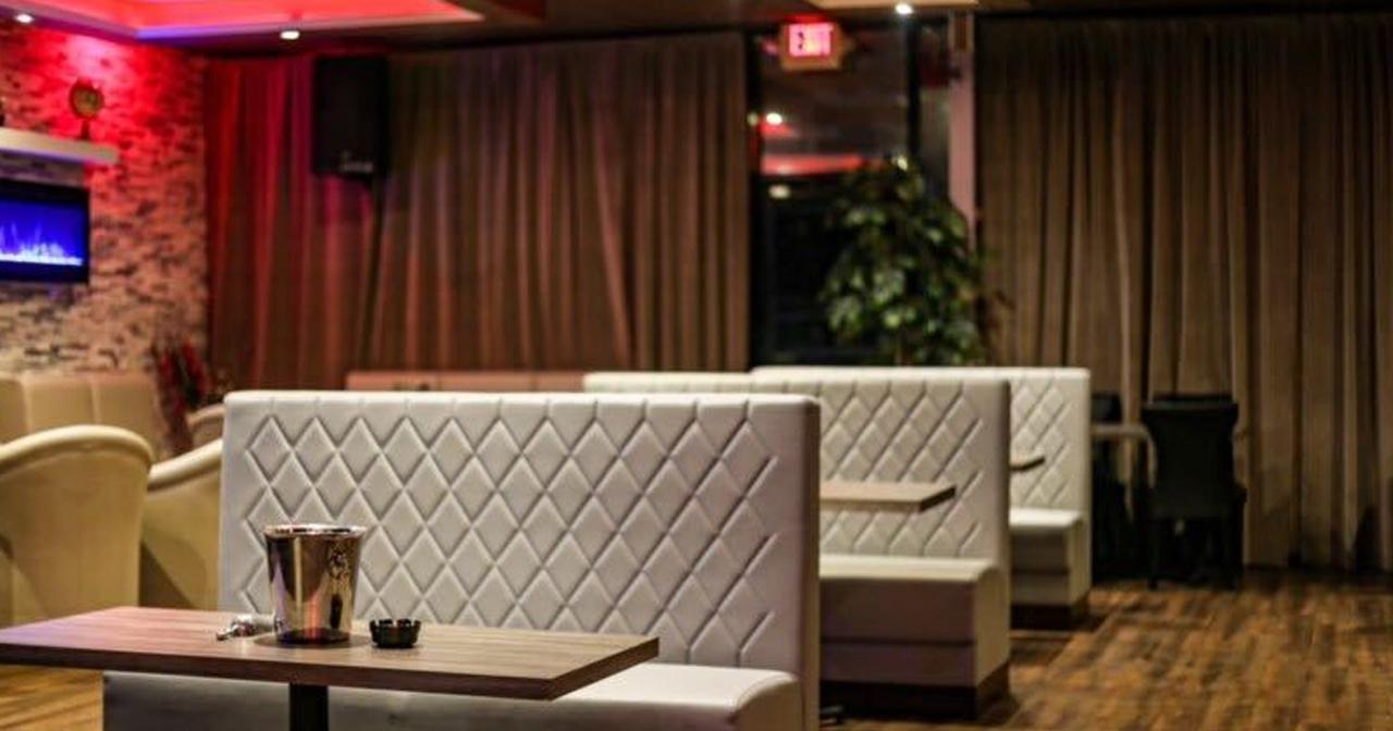 Tempo Ultra Lounge