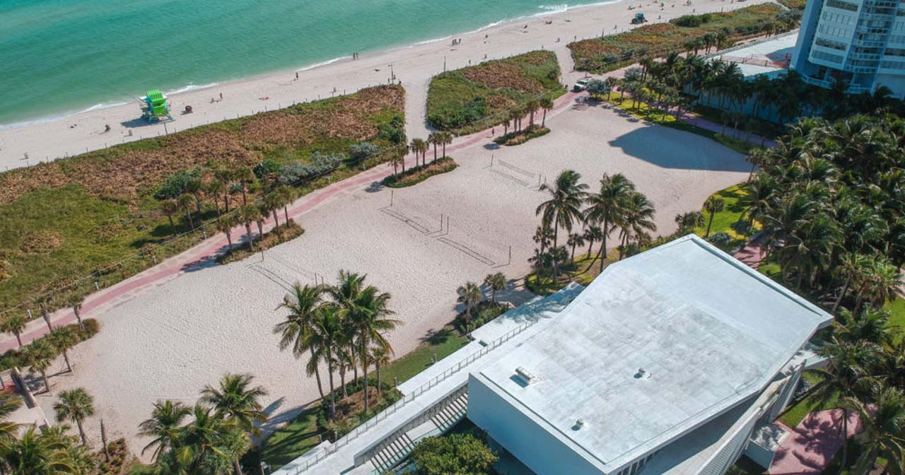 Gronk Beach offers guest list on certain nights