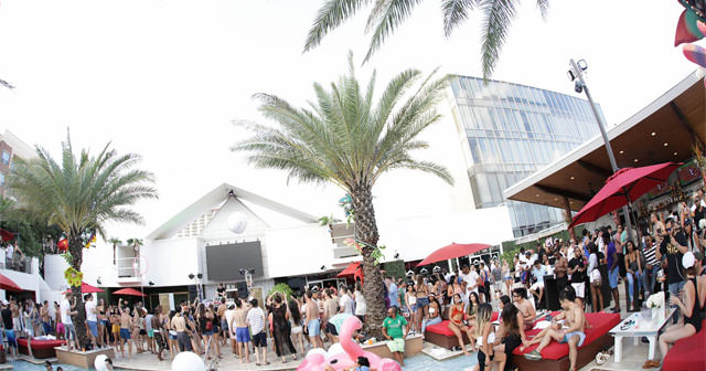 Clé Dayclub offers guest list on certain nights