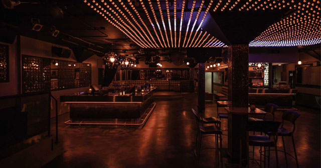 View of the interior of Le Rouge after getting free guest list