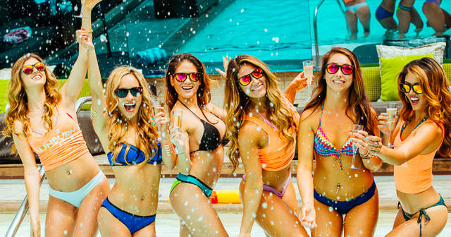 Inside look of Las Vegas Pool Crawl after getting free guest list