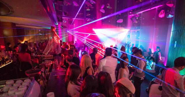 W Hotel & Pool offers guest list on certain nights