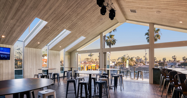 Mavericks Beach Club