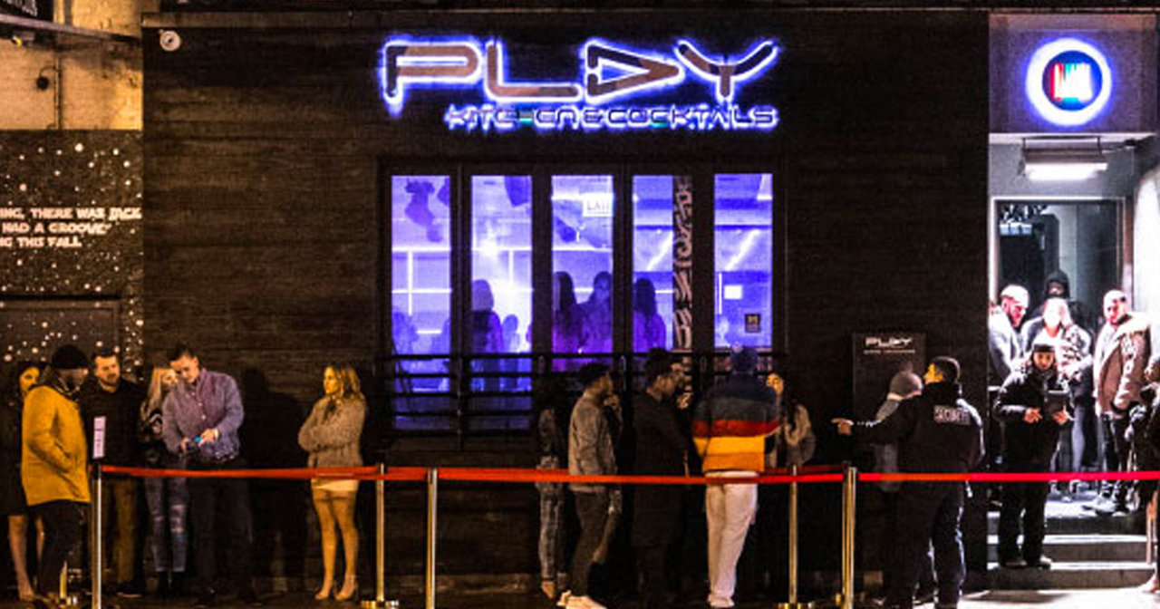 Play offers guest list on certain nights