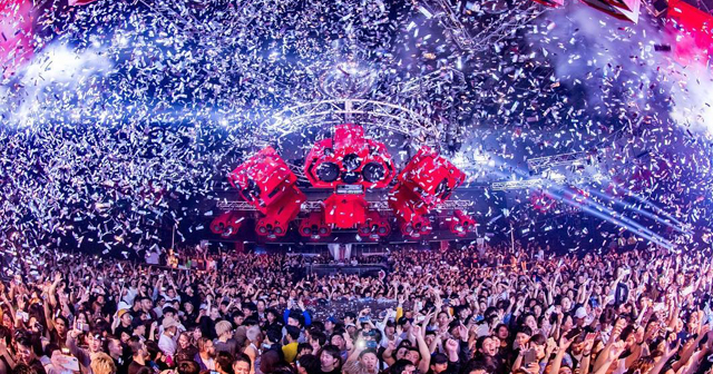 View of the interior of Ageha after buying tickets