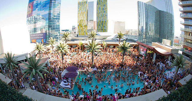 Las Vegas Pool Crawl offers guest list on certain nights