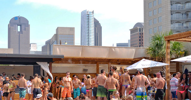 Inside look of Sisu Dayclub after getting free guest list