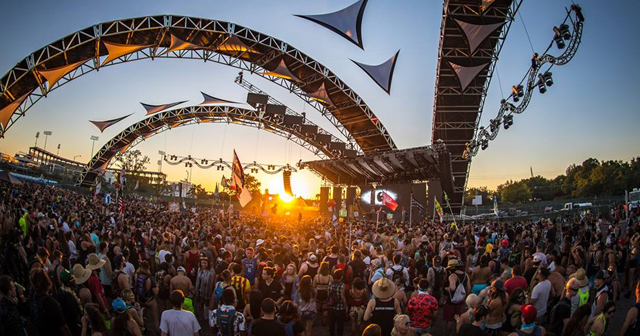 View of the interior of Sunset Music Festival after buying tickets