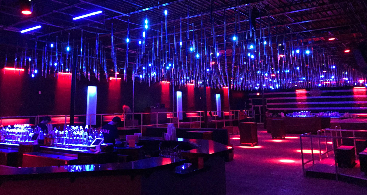 Bajas Beachclub offers guest list on certain nights