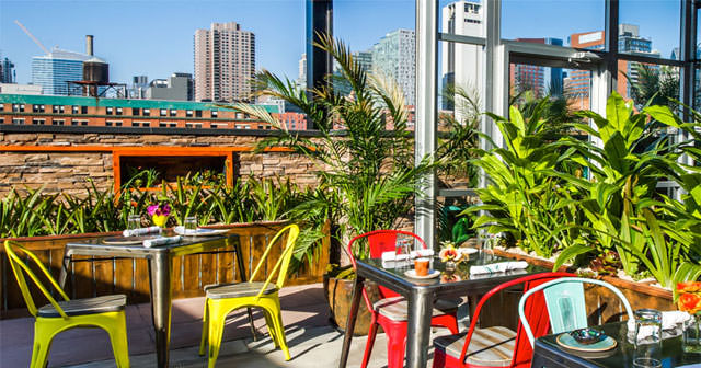 Cantina Rooftop offers guest list on certain nights