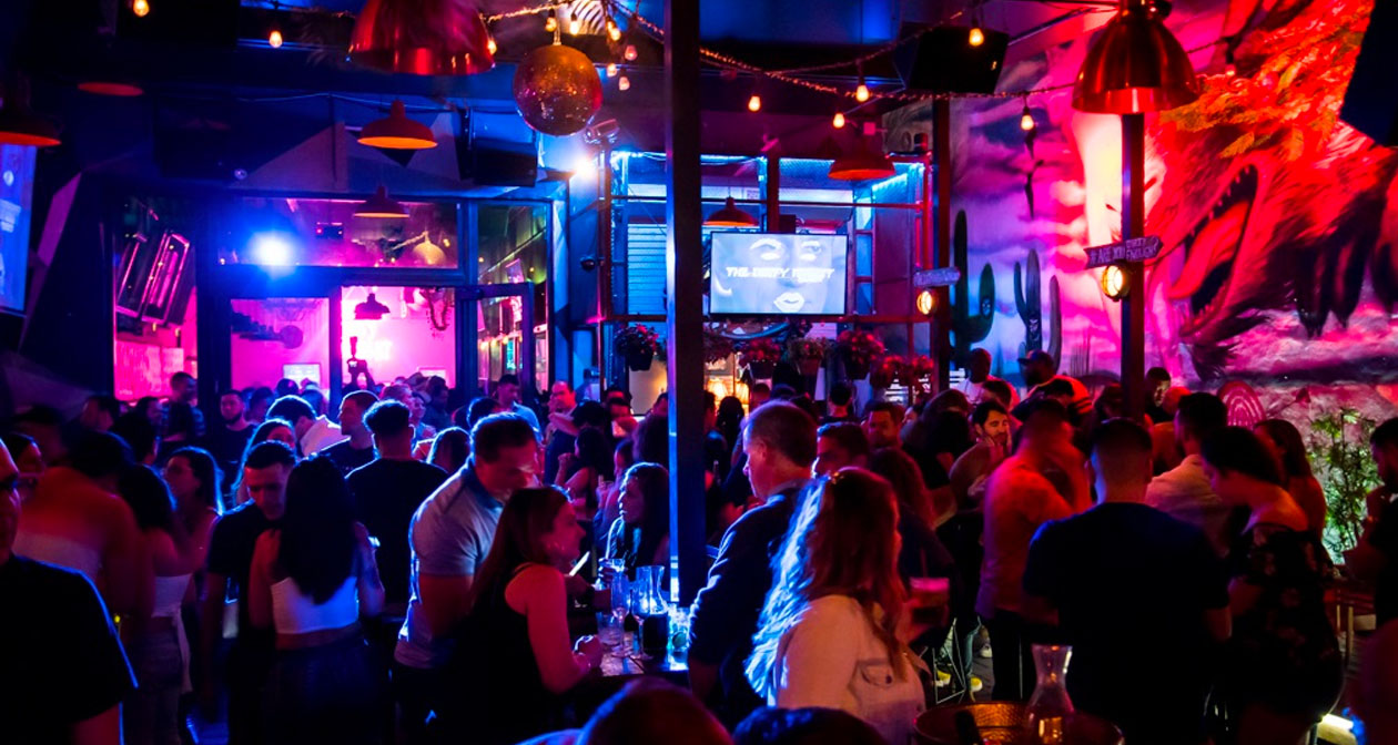 View of the interior of The Dirty Rabbit Wynwood after getting free guest list
