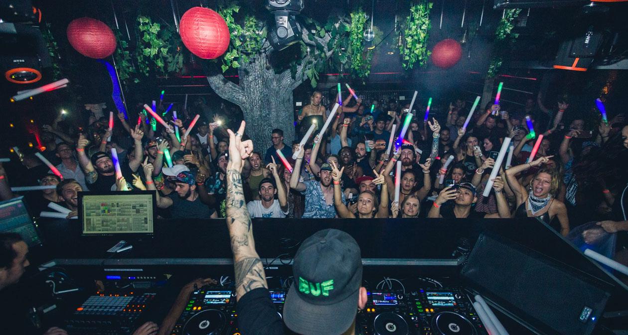 Inside look of Myth Nightclub after getting free guest list